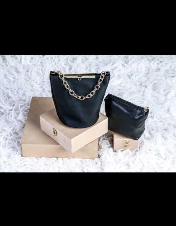 Viera black bucket bag