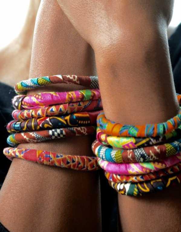 2) Stick to fabric/plastic jewellery