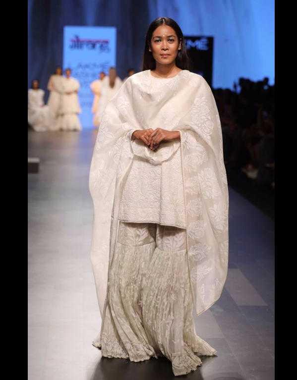 Gaurang Shah at Lakme Fashion Week SR'17