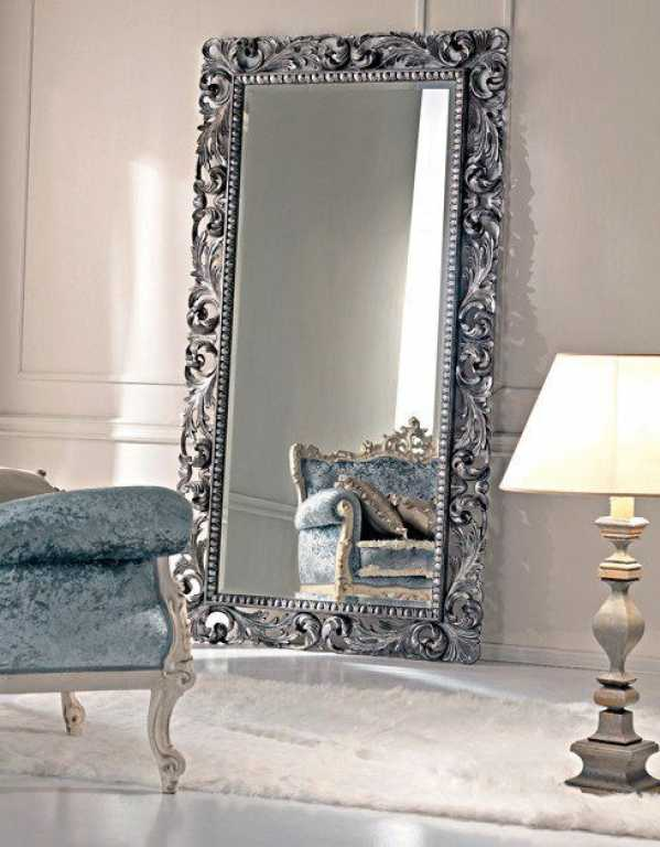 10 Stylish Mirrors to Make your Space Look Bigger