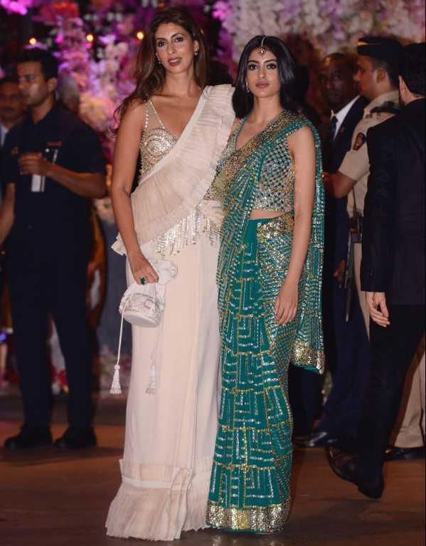 Shweta & Navya Naveli Nanda