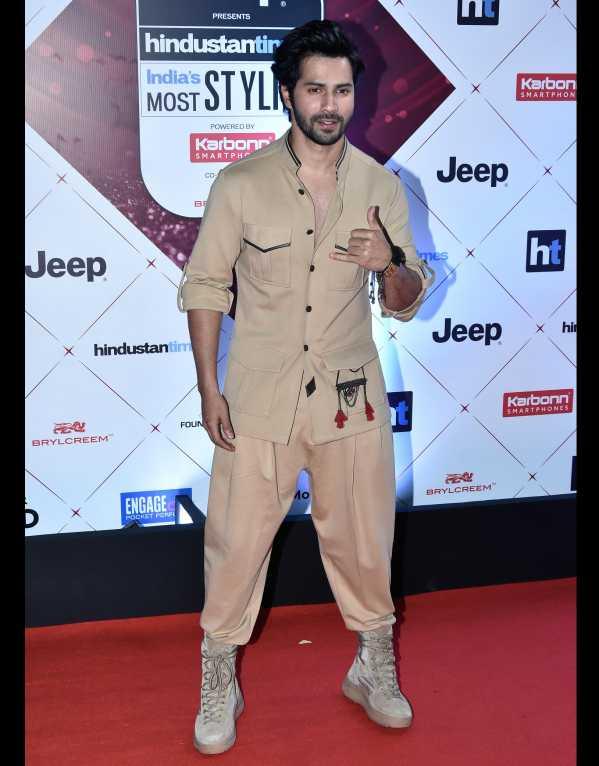 Varun Dhawan wearing a Shantanu & Nikhil ensemble