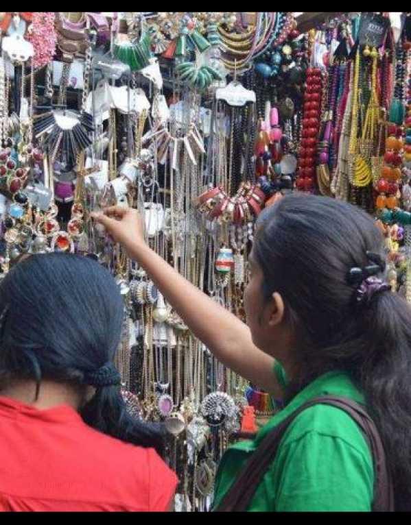 5. Kamla Nagar Market