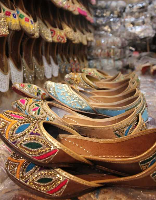 Head to This Market in Delhi for the Best Juttis in Town