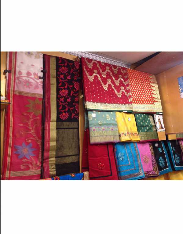 2) A Heaven for Saree Fanatics