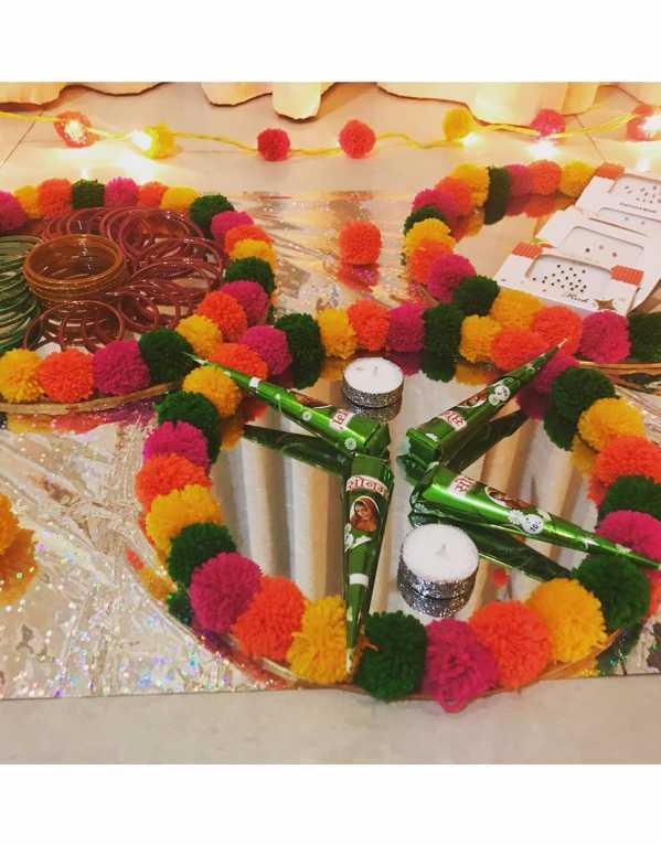 This cutesy colourful pom-pom thali