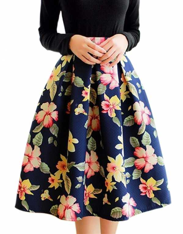 1) Opt for a printed skirt