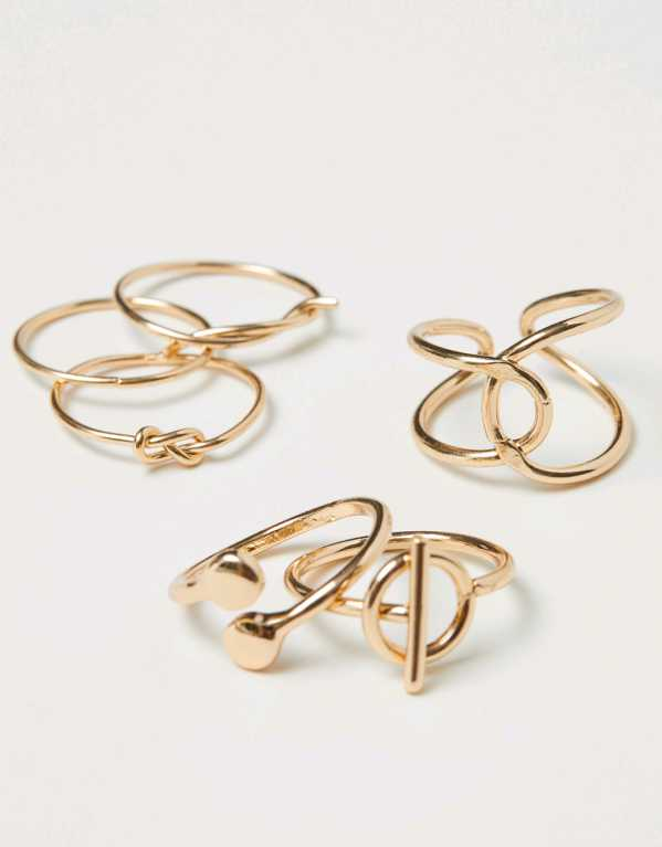 6-Pack Gold Coloured Rings; H&M, Rs.699