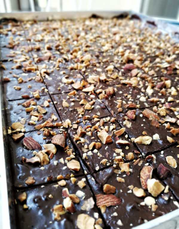Himalayan Salt and Roasted Almond chocolate