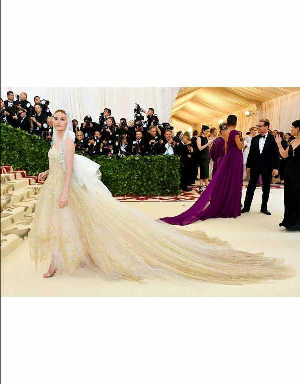 Kate Bosworth Wearing Oscar de la Renta