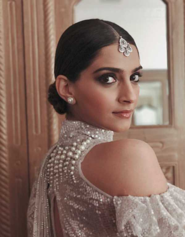 10 Celebrity Hair and Makeup Looks to Take Inspiration from This Diwali