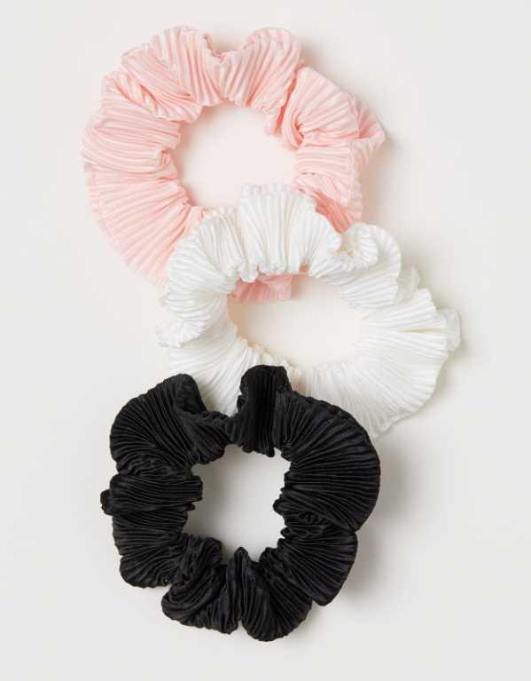3 Pack Scrunchie, H&M; Rs.99