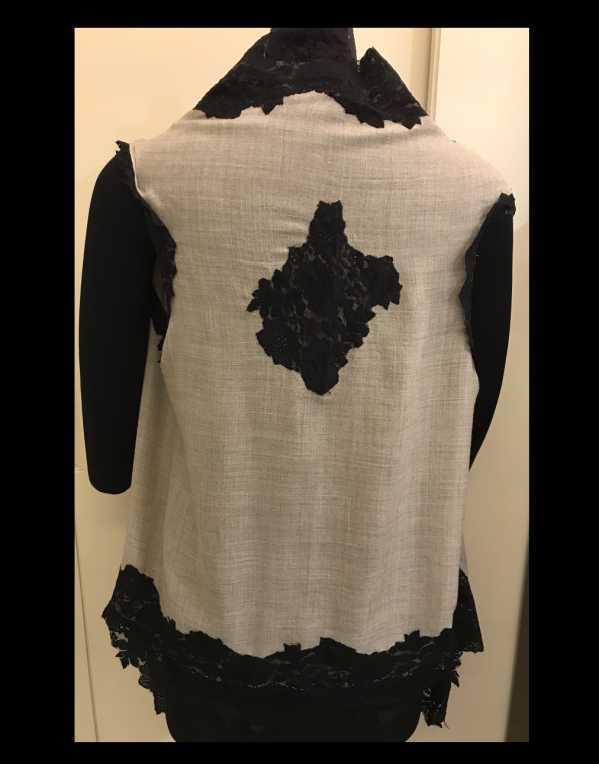 Pure Wool Sleeveless Lace Jacket
