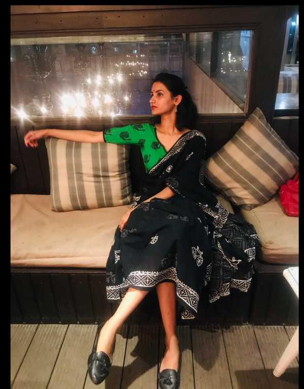 Dare to drape a saree to a club ?