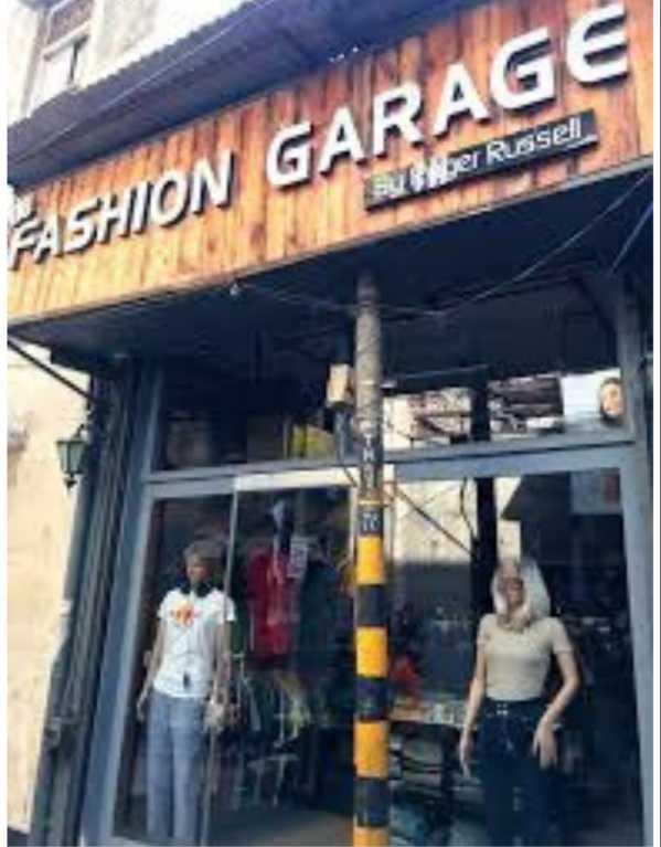 4. Fashion Garage