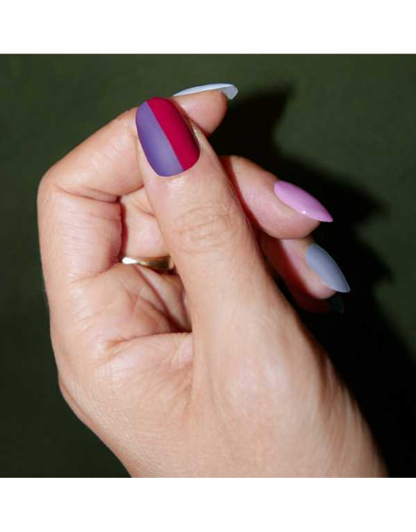Add an extra dash of colour to your nails by dressing them up matte and two-toned